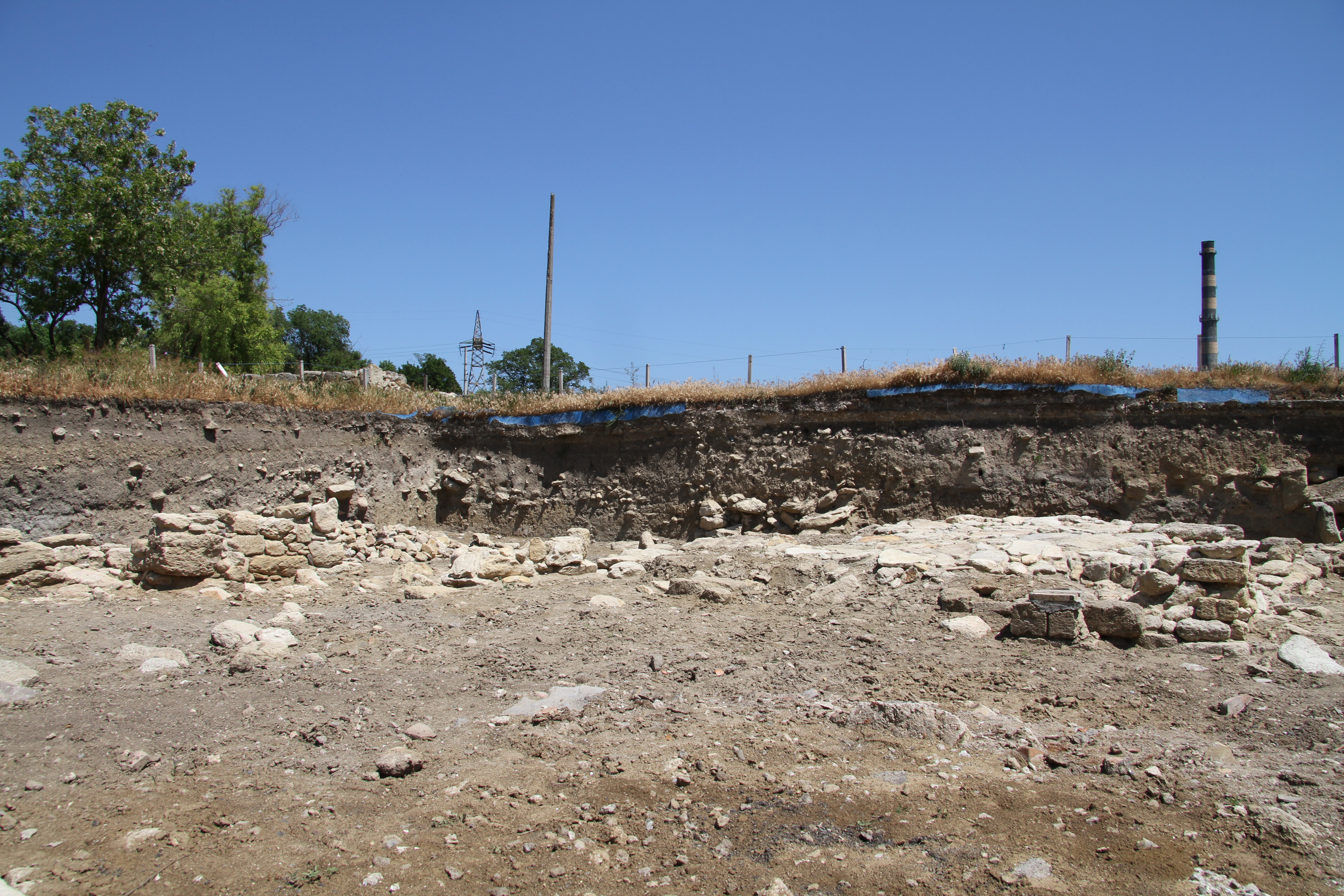 General view of the trench, May 20 2013